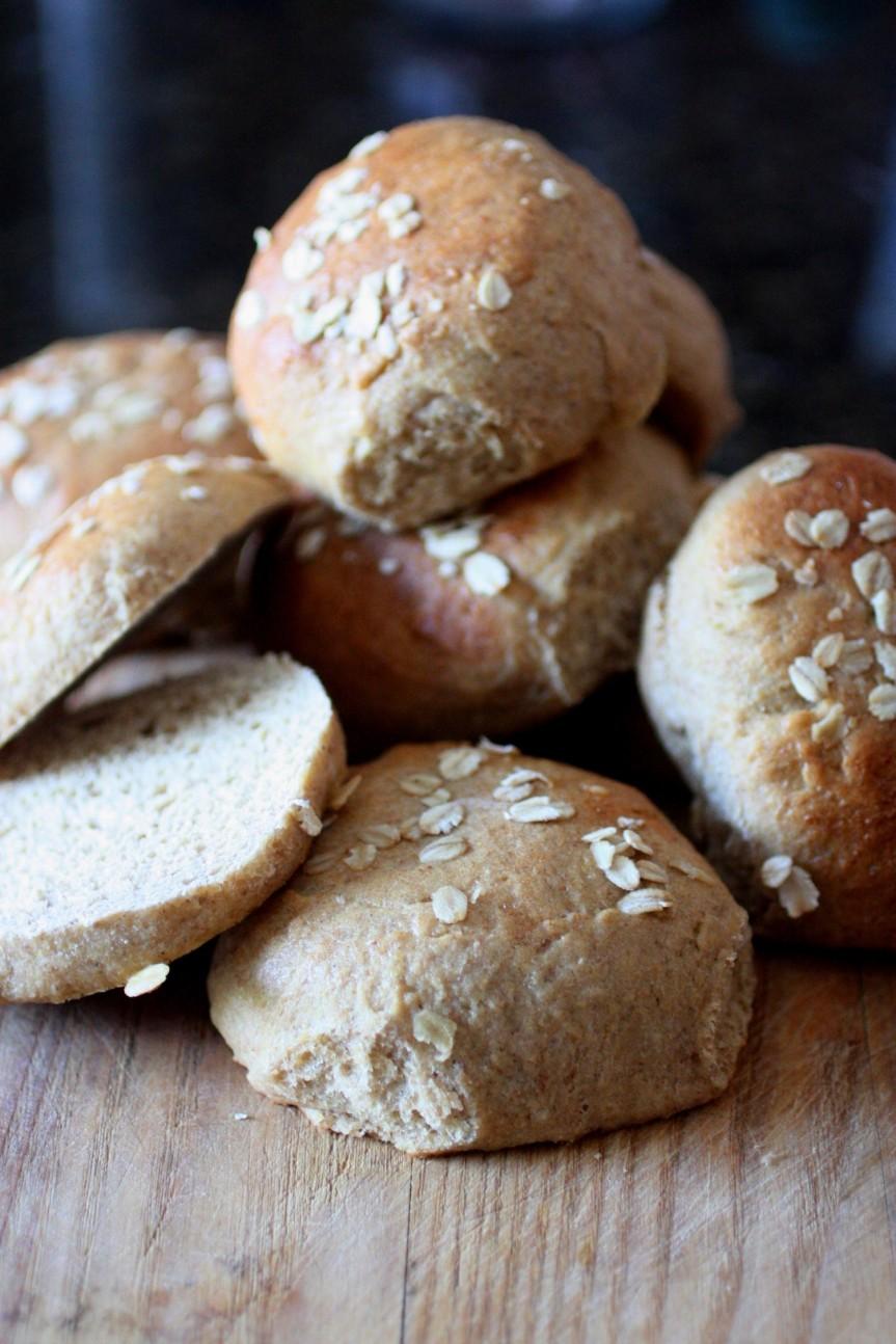 I Like Big Buns and I Can Not Lie {Whole Wheat Flax SandwichBuns}